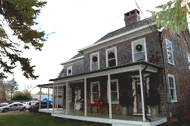 The Farm House Bed & Breakfast Cutchogue NY